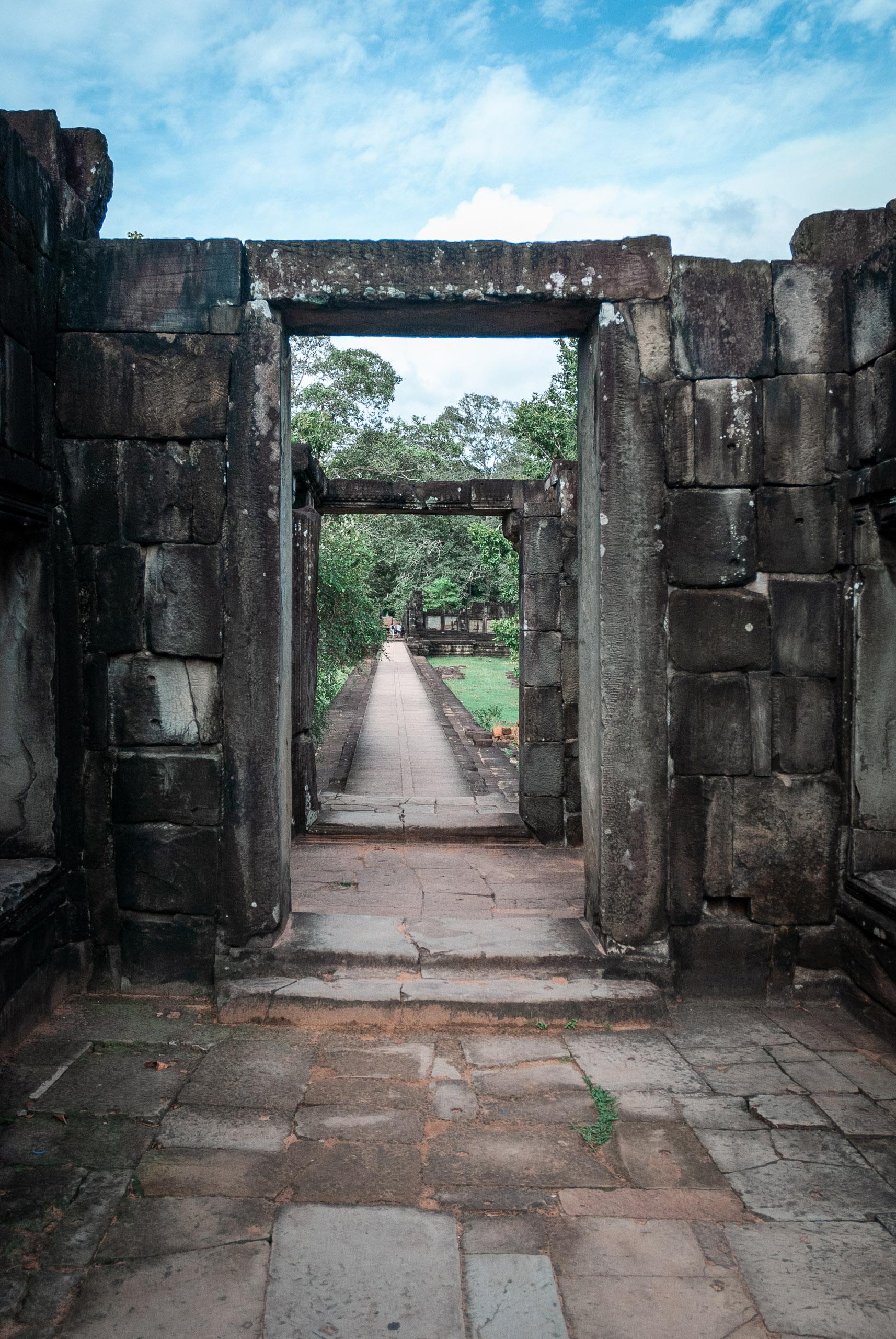 Cambodia - Angkor Wat - 2007-0626-DSC_0007_13270