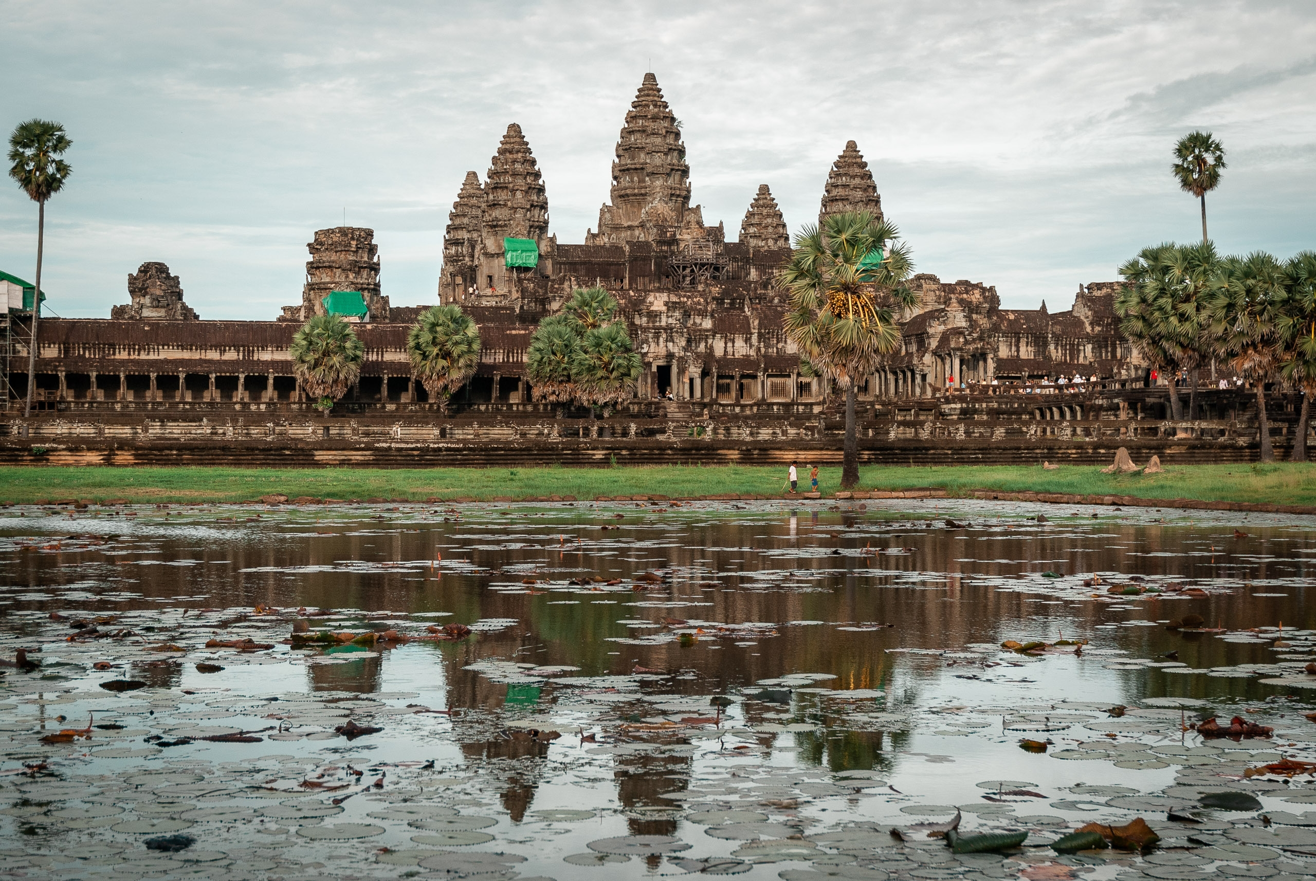 Cambodia - Angkor Wat - 2007-0626-DSC_0137_69603