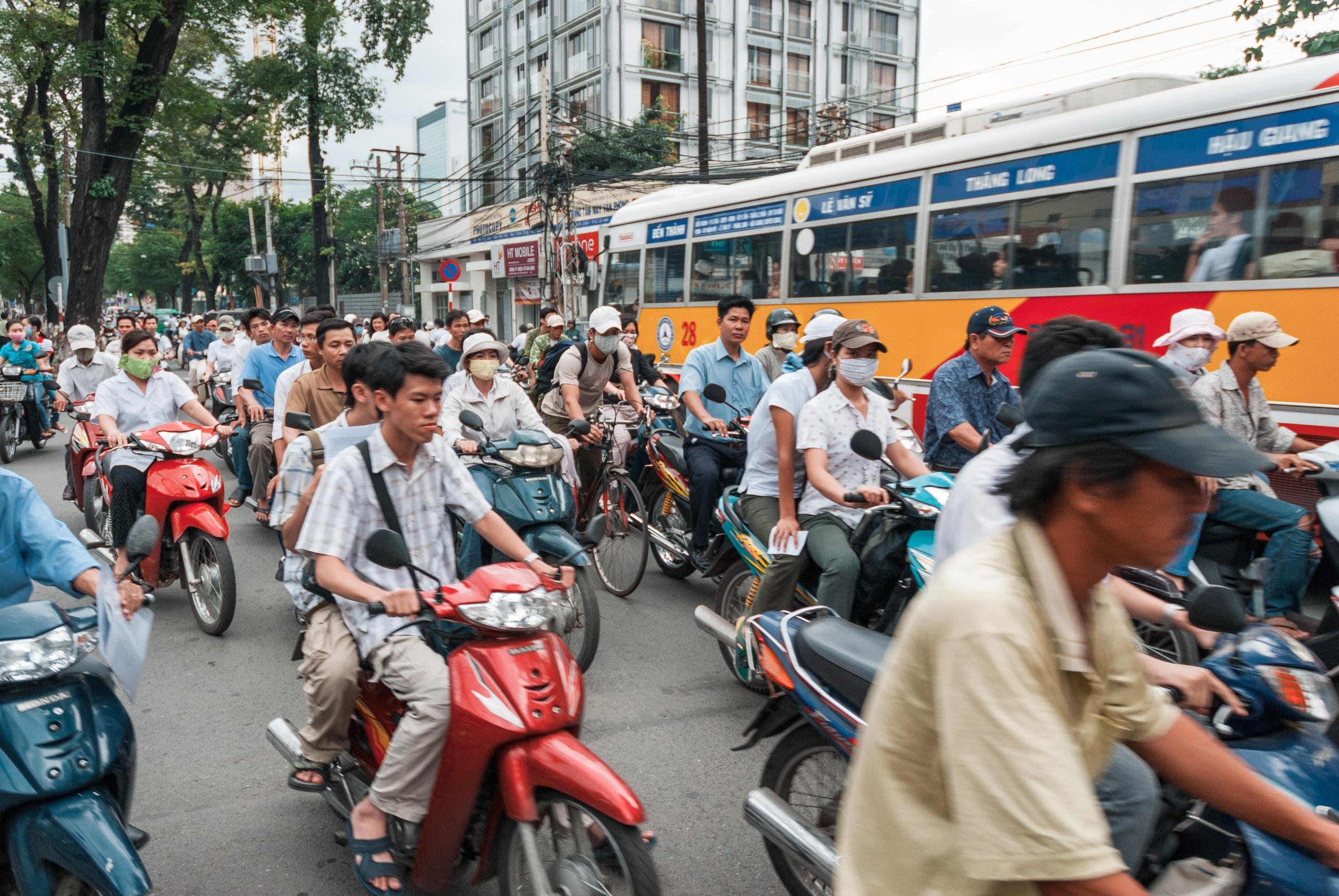 Vietnam - 2007-0703-DSC_0169_21145