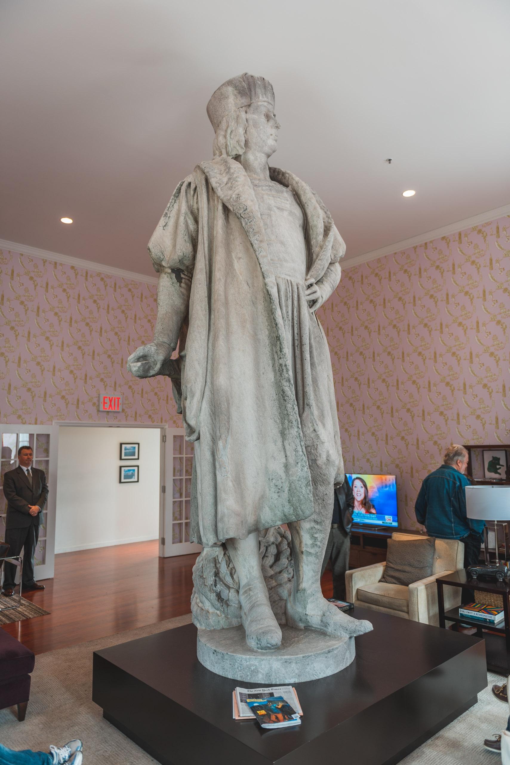 Tatzu Nishi - Discovering Columbus - 2012-1027-DSC_2987_88828