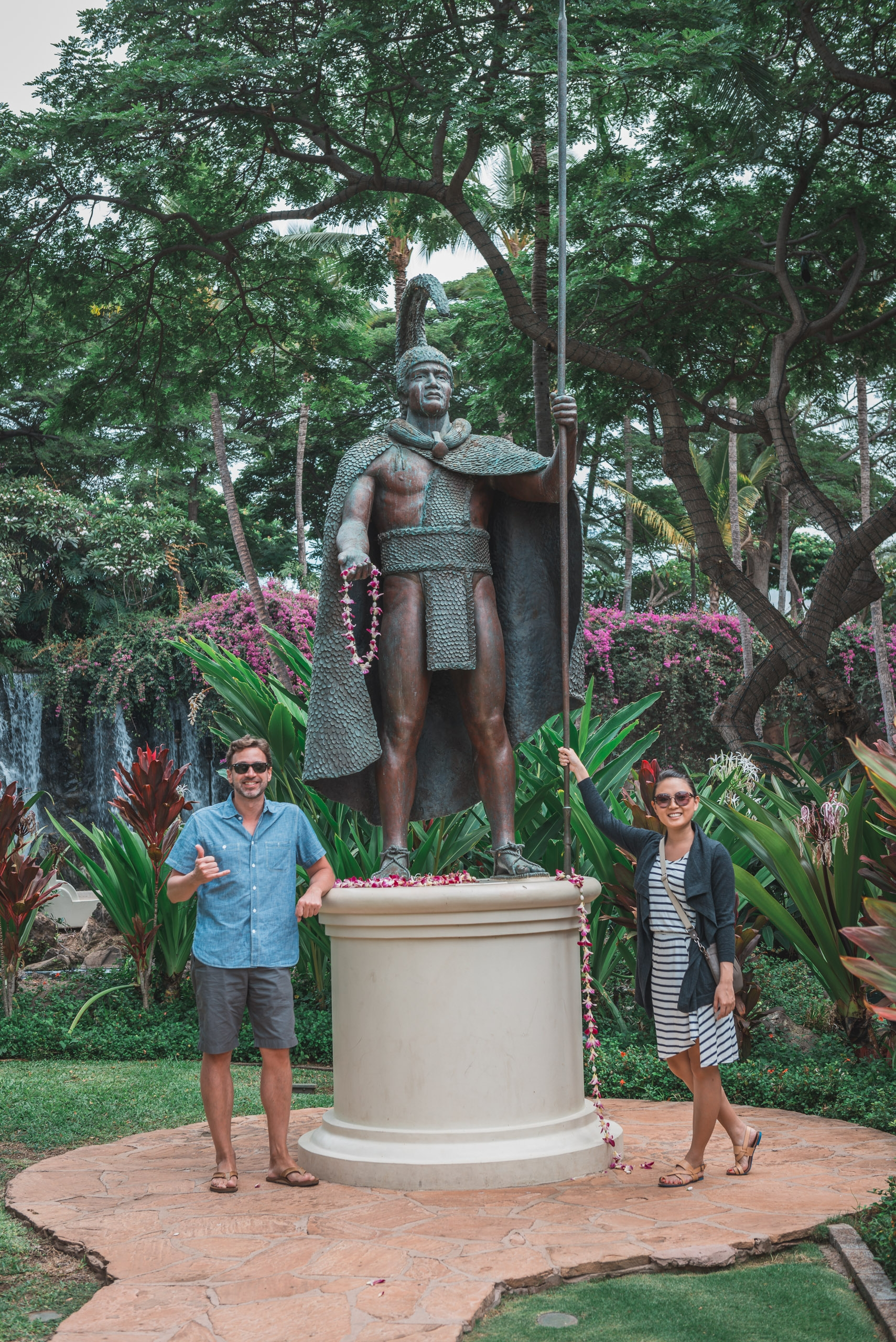 Kris and Jessica with King Kamehameha