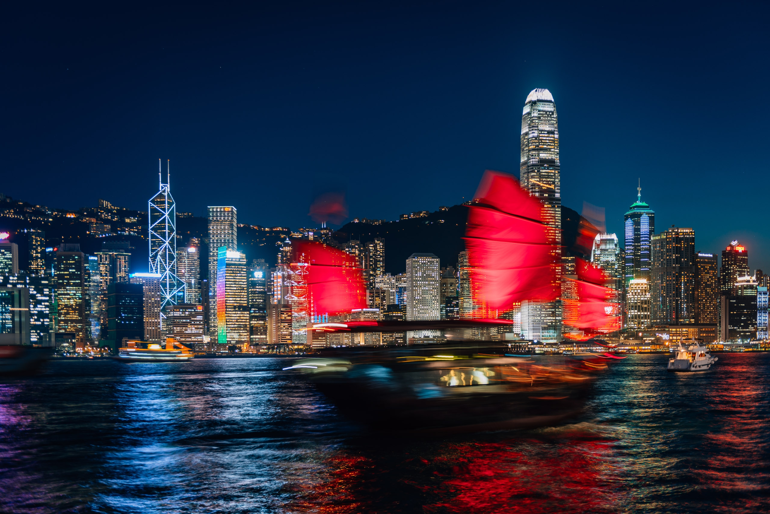 The Hong Kong Junk at Night