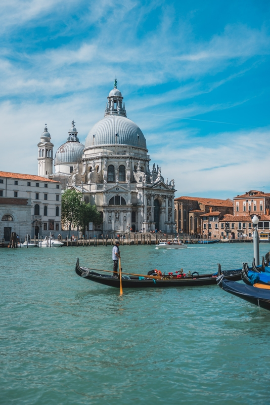 The Grand Canal and the Santa Maria Della Salute Church 3