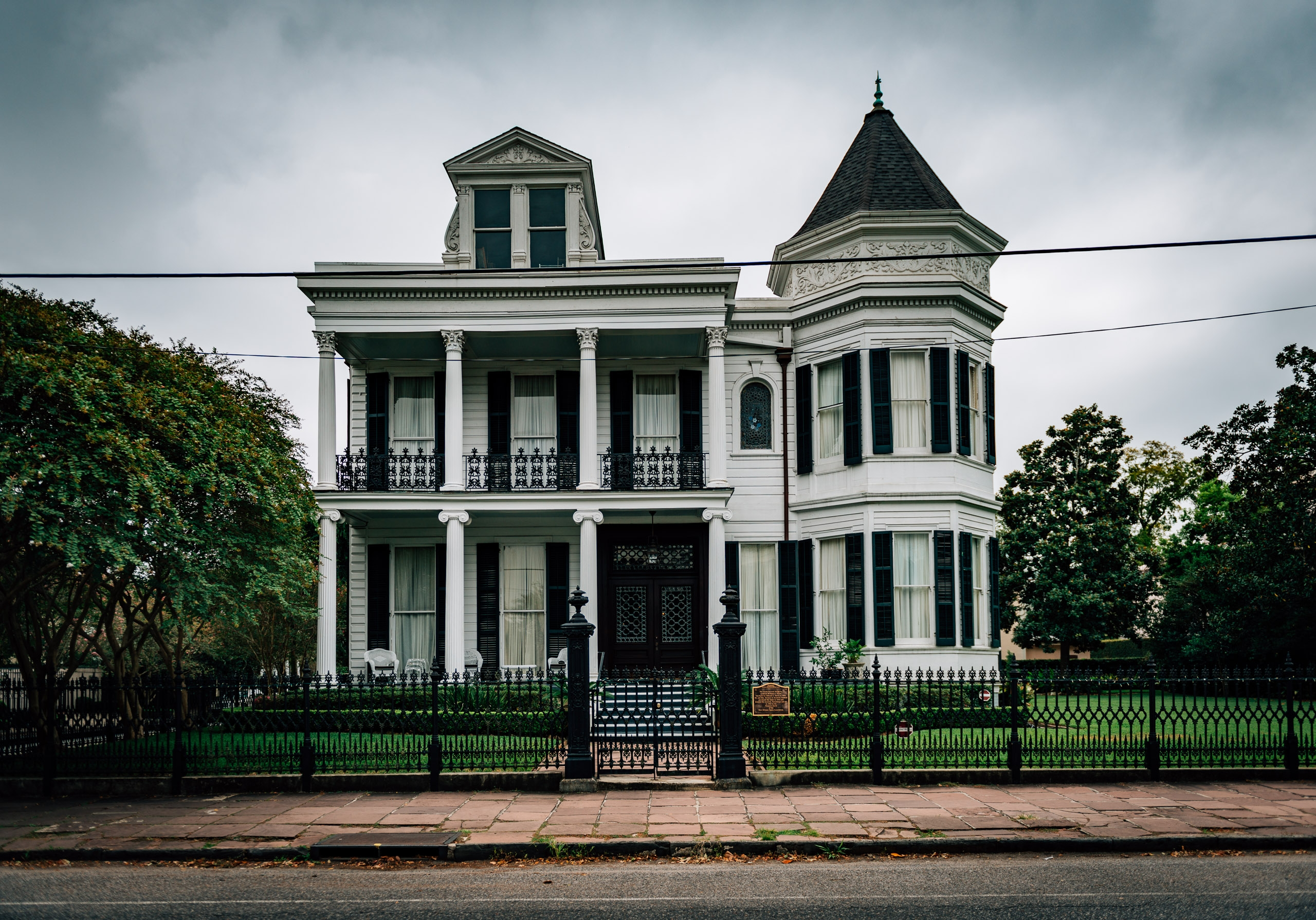 The Haunted Houses of New Orleans 3