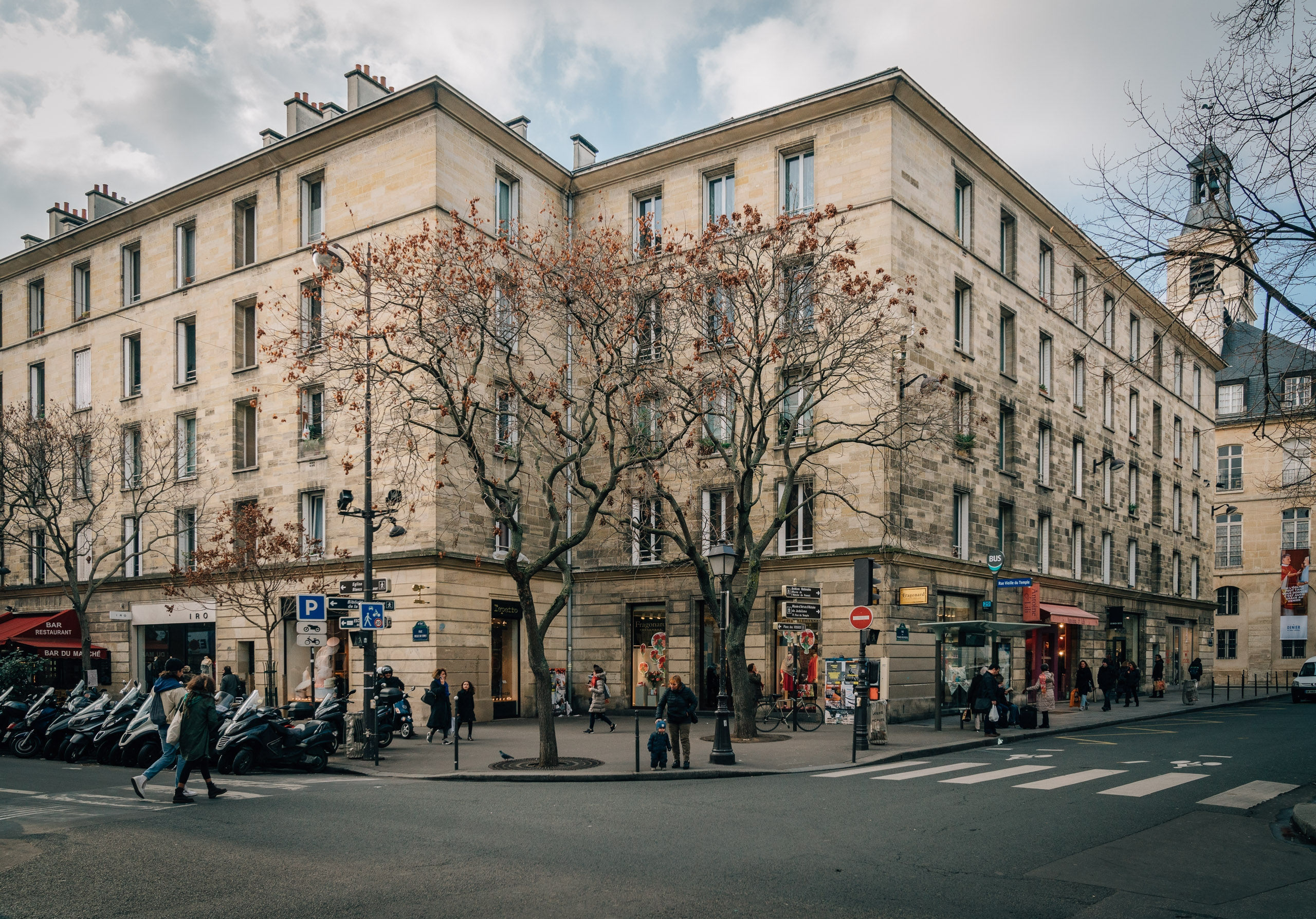 The Streets of Paris 1