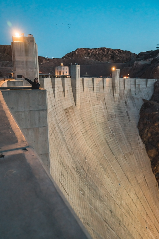 Jessica Waves from Atop the Hoover Dam
